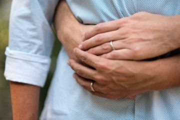 Help dissolve marriage or relationship problems with our couples counselling services
